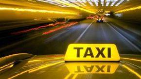 Praha zpřísňuje podmínky pro taxikáře
